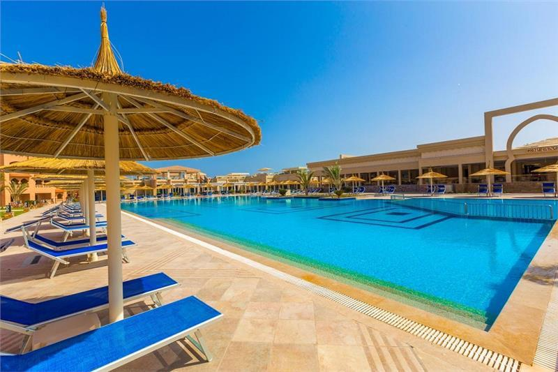 Hurghada utazás Aqua Vista Resort & Spa
